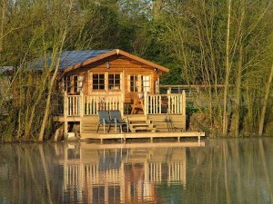 Cabin_on_Top_Lake_1